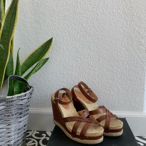 Marc Jacobs Brown Leather Wedge